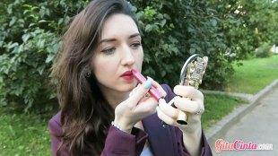 Lipstick Pink - (Sumber: shutterstock.com)