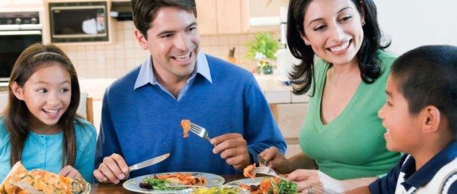 makanan, sehat, menu, makan, siang, anak-anak, protein, karbohidrat, lemak, serat, buah, sayuran, tips, harga, mahal, borongan, musiman, panduan, myplate, penelitian, konsumsi, tinggi, susu, turunan, produk