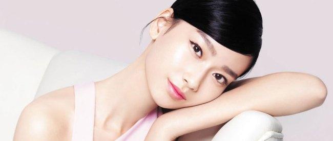 Ilustrasi: gaya makeup ala wanita Korea yang sedang tren (sumber: blibli.com)