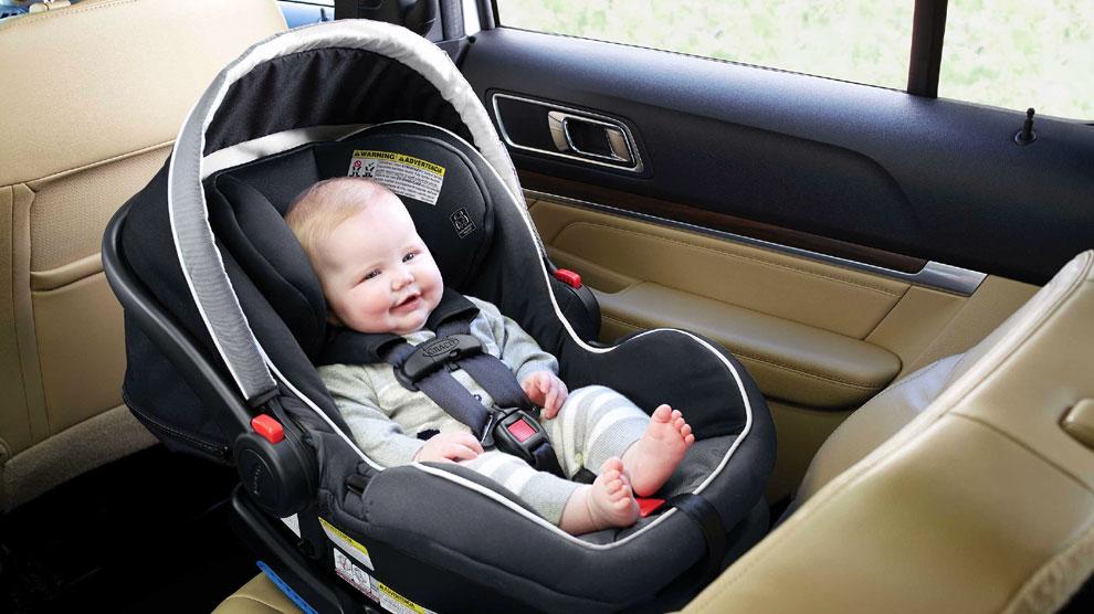 Tips Menggunakan Baby Car Seat Agar Bayi Aman dan Terhindar dari Risiko Berbahaya
