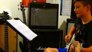 Gitarrenunterricht in Ravensburg und Markdorf spielen nach Noten und Tabulatur