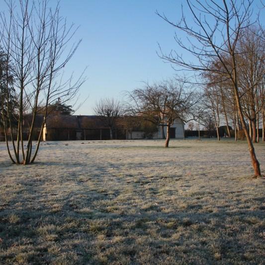 Le jardin, côté plaine en hiver