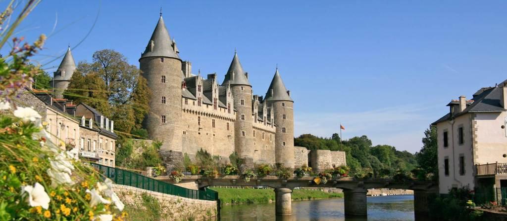 location-gite-taupont-visite-du-château-de-Josselin-bretagne