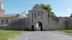 Le château de Surgères