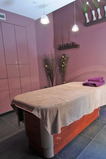 L'espace détente avec salle de massage ...