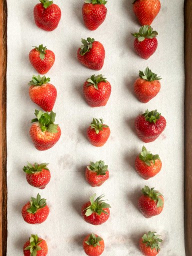 Strawberries on paper towel