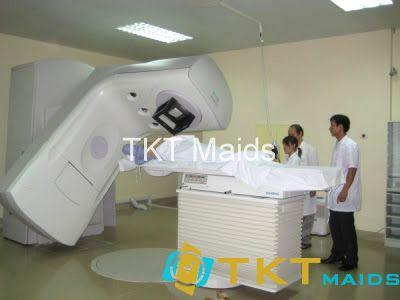 bệnh nhân đang được xạ trị