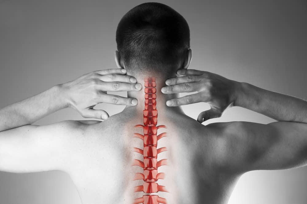 Bệnh đau vai gáy thường gặp ở dân văn phòng hoặc người lớn