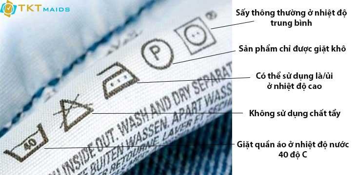 Hình ảnh: Lưu ý nhãn mác trên quần áo