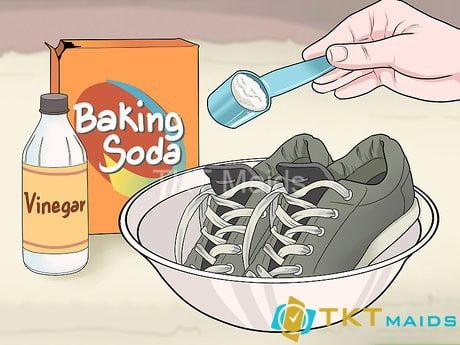 Dùng baking soda để khử mùi hôi giày của bạn