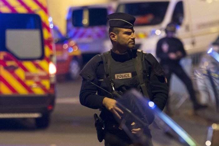 Un agente della polizia francese la sera della tragedia al Bataclan