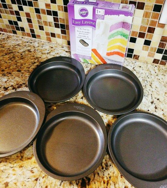 Wilton Easy Layer cake pan set
