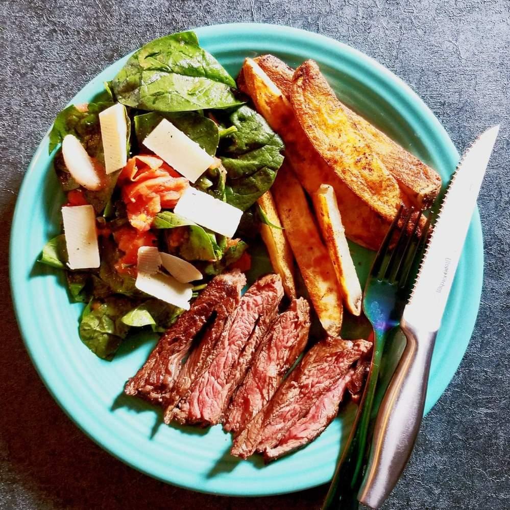 Marley Spoon - Steak & Oven Fries w/ Charred Tomato Salsa