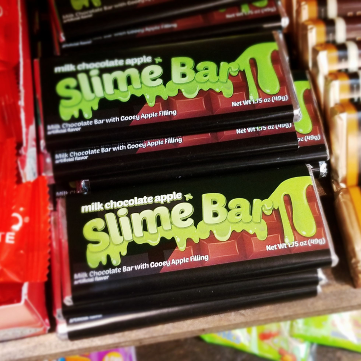 Slime Bar! Ooooh yummy! ROCKET FIZZ REVIEW by GIVE IT A WHIRL GIRL