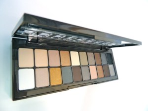 NYX Nude on Nude palette colors
