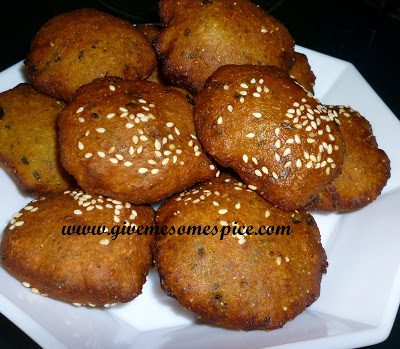 Multigrain Dhebra with methi (fenugreek), semolina and organic flaxseed powder