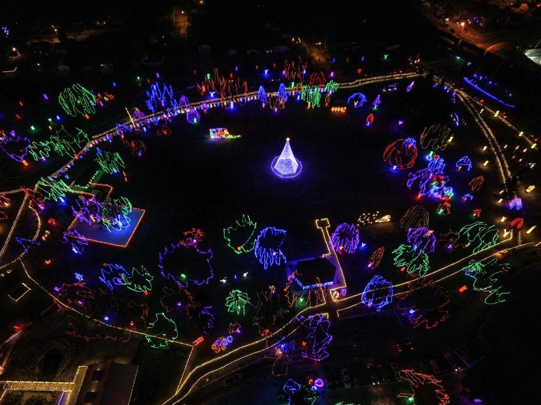 Christmas Light Displays Mn 2019 A Minnesota holiday lights display guide, 2018 edition – Give Me