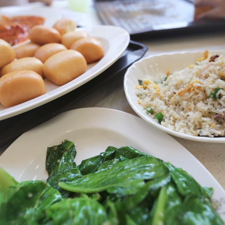 Deep-Fried Mini Buns (2.5) + Fried Rice (2.5)