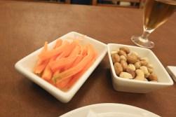 Carrots Sticks (in lemon juice) (3.0) + Mixed Nuts (2.5)