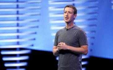 Mark Zuckerberg alla Facebook F8 Conference