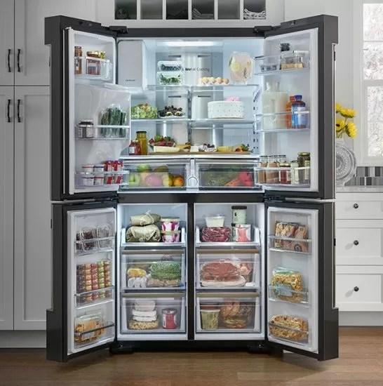 Samsung Family Hub: il frigorifero smart con display touchscreen!