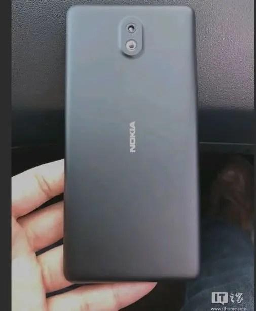 Nokia-1-back-leak