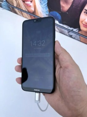 Nokia-X6-hands-on-image-1