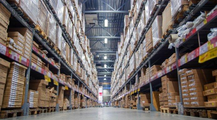 magazzino warehouse
