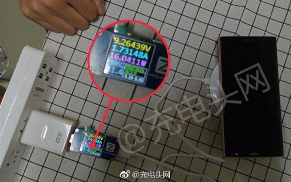 Il OnePlus 5T non sarà dotato della ricarica wireless