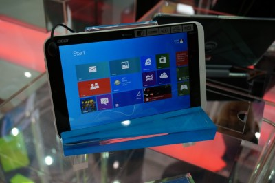 Acer Iconia W3.