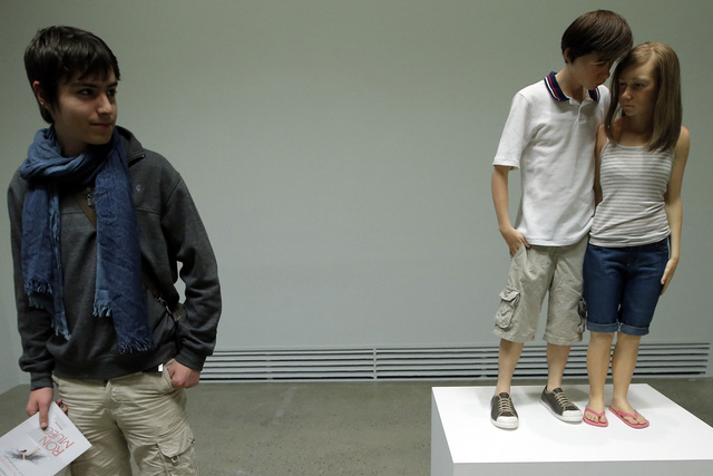France Ron Mueck