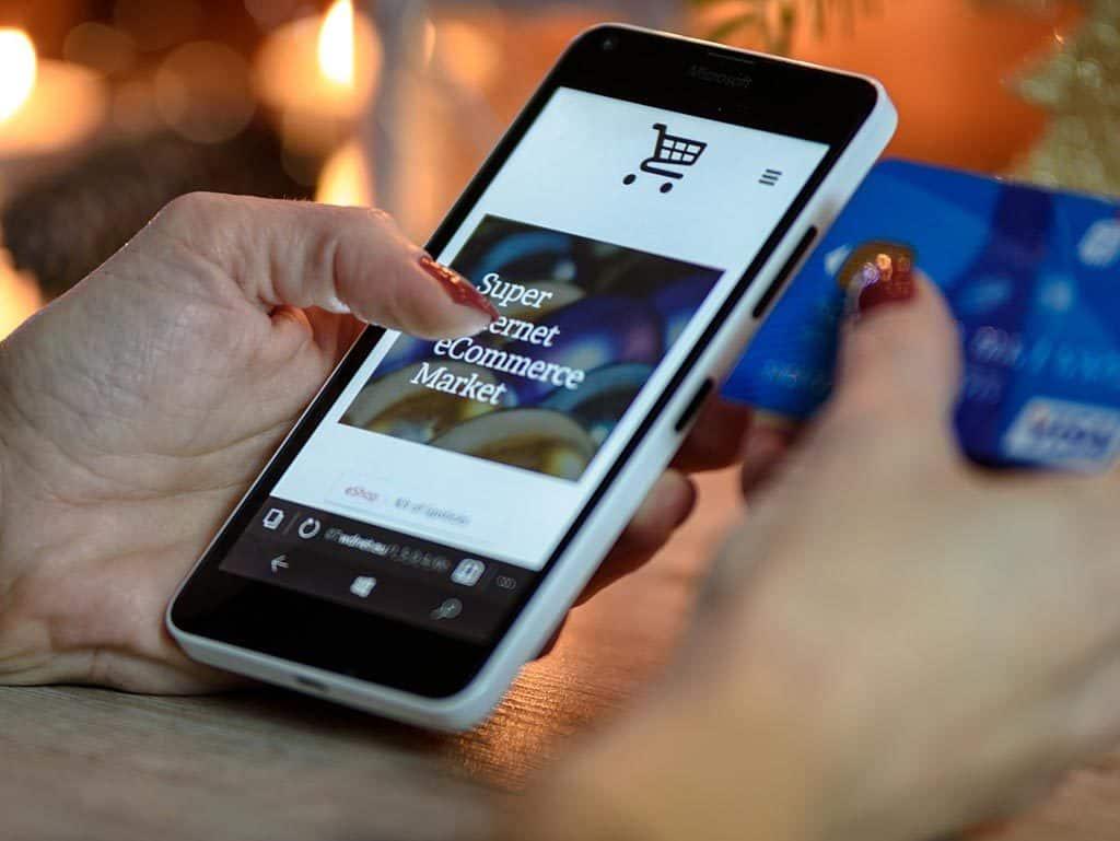 Belanja online melalui perangkat mobile meningkat