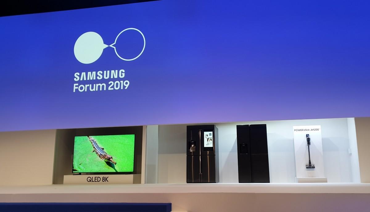 Samsung Pamerkan TV QLED pada Samsung Forum 2019
