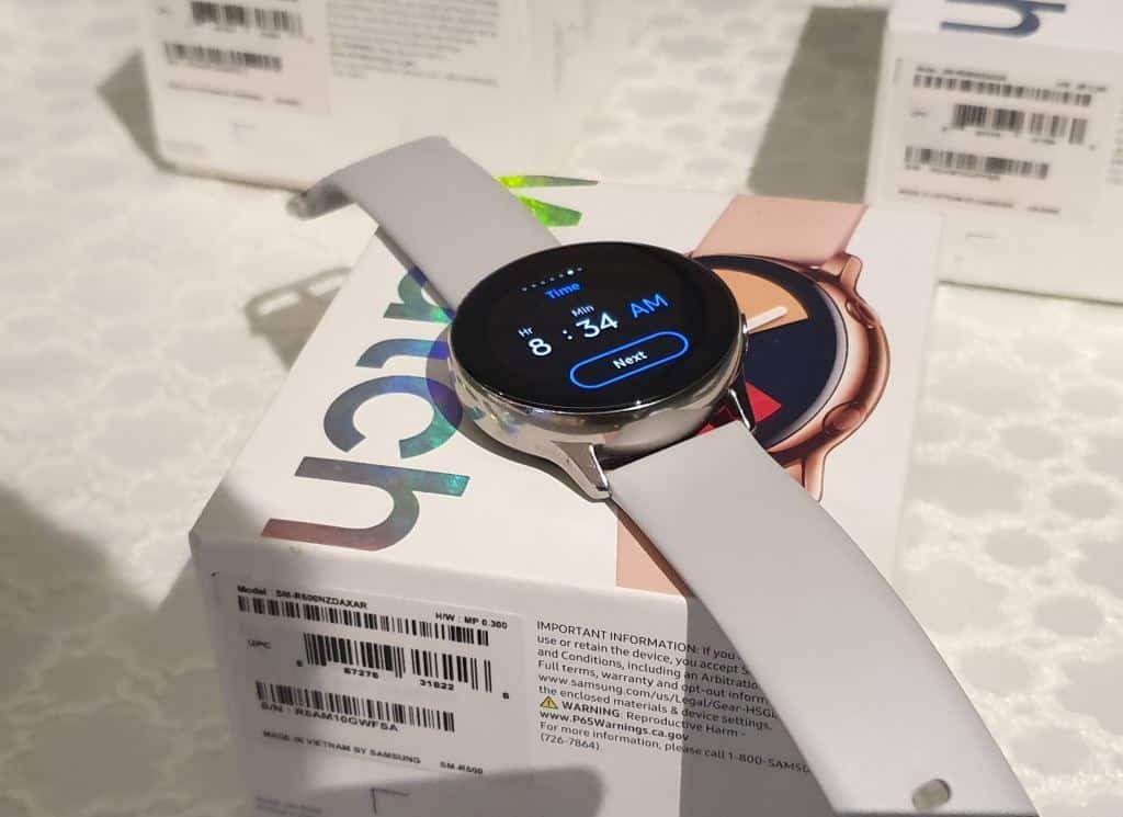 Samsung galaxy watch active box
