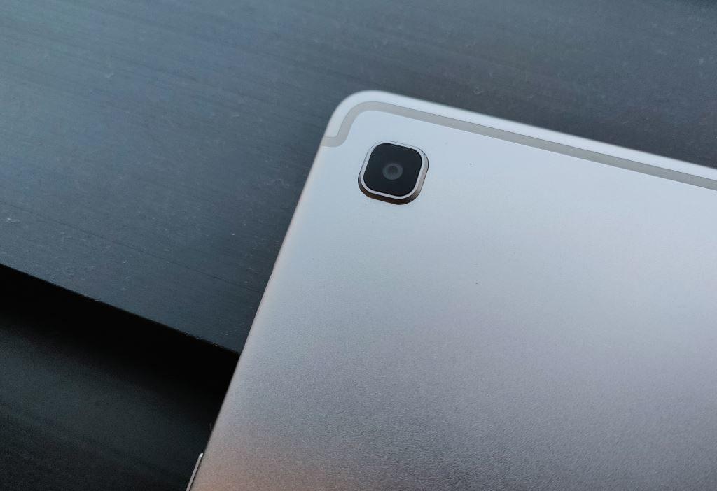 Kamera belakang Samsung Galaxy Tab S5e
