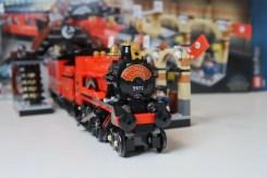 Harry Potter LEGO Hogwarts Express 75955 LEGO Train ready to depart