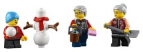 LEGO Story of Nian 80106 - Snowman and Minifigures 2