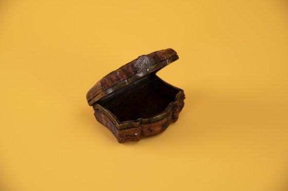 Snusdåse i tre fra 1700-tallet