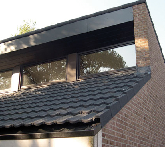 Decra-Dach-Classic-schwarz-Produktbild