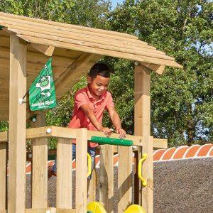 Spielturm Shelter mit Holzdach asymmetrisch