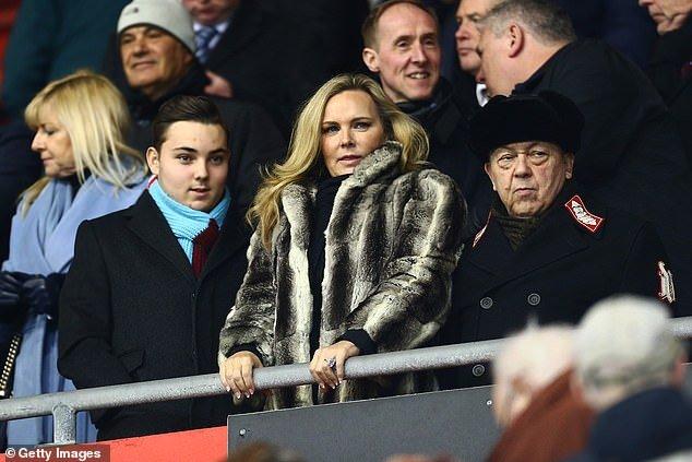 West Ham Appoint An Ex-Porn Star To Their Board (Photos) 1