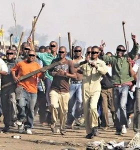 Drama As Youths Beat Ondo Commissioner 2