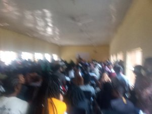 University Of Abuja Lecture Hall Overcrowded, No Social Distancing (Photos) 2