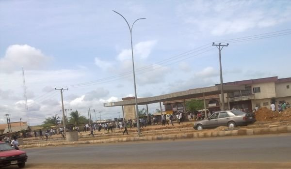 EBSU Students Protest After 5 Persons Fainted While Trying To Write Exams (Photos) 1