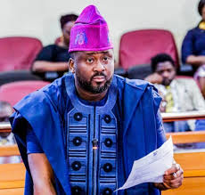 See What Desmond Elliot Said That Made All Nigerians Hate & Drag Him Everyday On Twitter