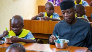 FG Employs 100,000 Cooks To Give Free Meals To School Children
