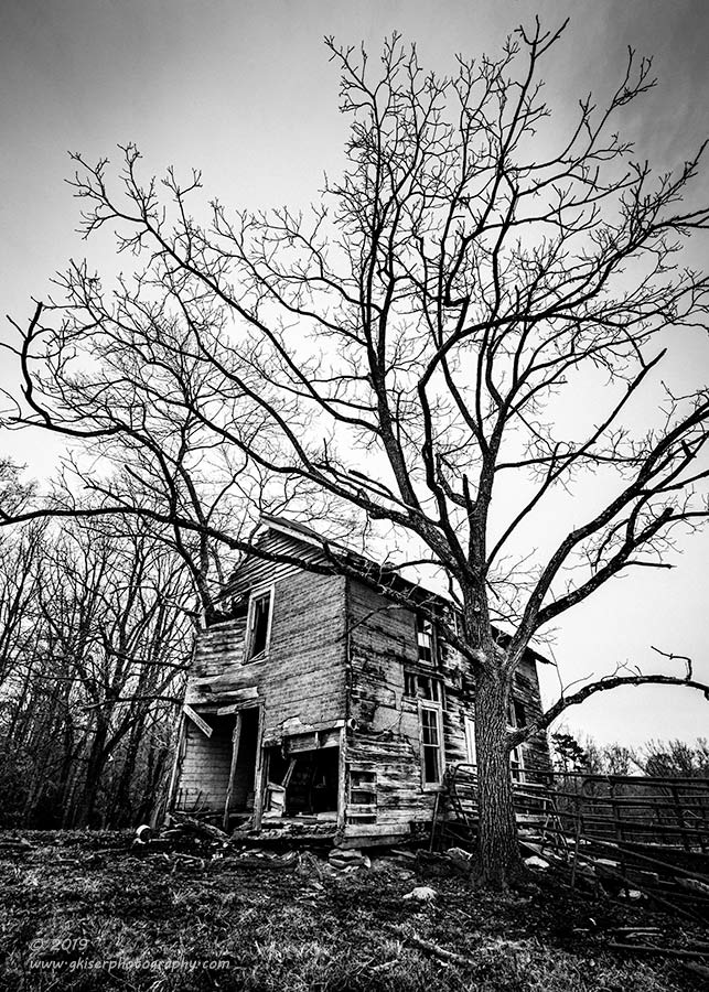 """""""The Mansion"""", Canon 5D Mk3, 16-35mm f/2.8L Mk2, No Filters, Converted to B&W in Lightroom"""