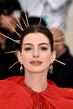 Anne Hathaway attends the Heavenly Bodies: Fashion & The Catholic Imagination Costume Institute Gala at The Metropolitan Museum of Art on May 7, 2018 in New York City.