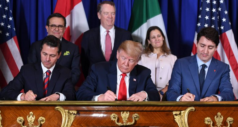 Delegation of lawmakers visits Mexico, discusses USMCA with Mexican pres.