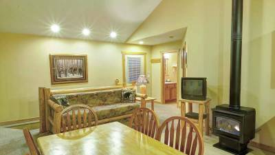 Glacier National Park Lodging, 2 Bedroom Cabin Rental
